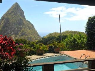 4 bedroom House with Internet Access in Soufriere - Soufriere vacation rentals