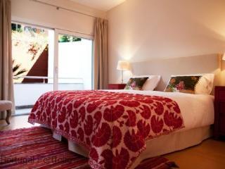 Saint Thomas- Estoril Holiday Apartment Rental - Monte Estoril vacation rentals