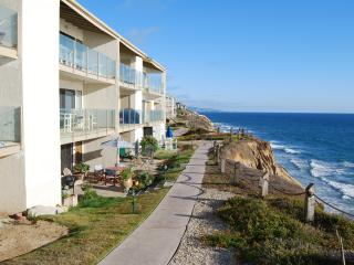 Solana Beach Town house on Ocean Front Complex - Solana Beach vacation rentals