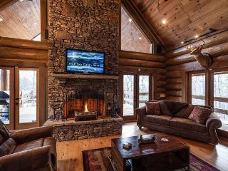 Canadian Lodge - Morganton GA - Ellijay vacation rentals