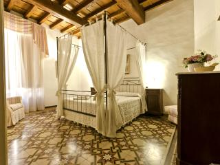 2 Bedroom Apartment at 14th Century Palace in Florence - Florence vacation rentals