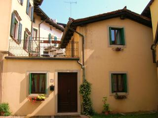 Bright House with Stove and Television - Cividale del Friuli vacation rentals