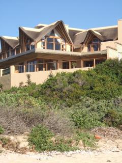 Luxury house on the beach Supertubes, Jeffreys Bay - Newlands vacation rentals