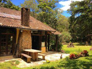 Beautiful lodge in the Rain Forest, Brazil! - Nova Friburgo vacation rentals