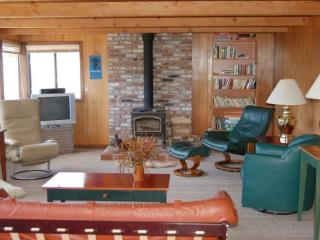 The Rainy Day - 4 BR + Children's Room, Sleeps 9 - Pacific City vacation rentals