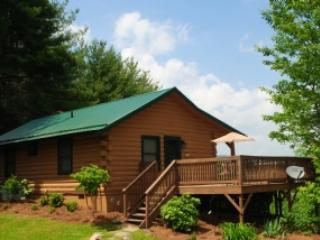 Top O' The Morning-Romantic cabin with hot tub - Jefferson vacation rentals