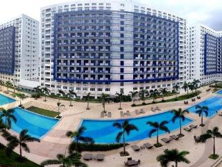 Sea Residences condo with balcony free wifi#&cable - Makati vacation rentals