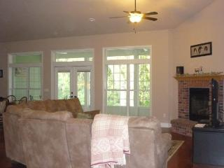 Family Friendly Lake House Retreat - Melrose vacation rentals