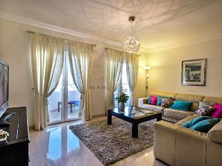 Luxury 3 bed apt central Lagos 167m' very spacious - Lagos vacation rentals