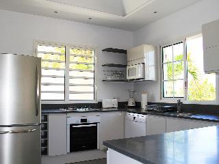 Perfect 2 bedroom Villa in Lorient - Lorient vacation rentals