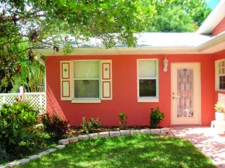 CBS POP INN  (Short term furnished rental) - Bradenton vacation rentals