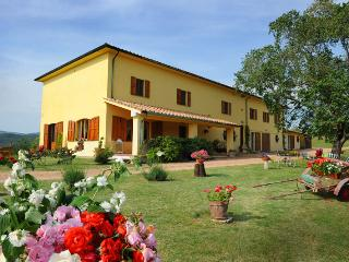 Tre Sorelle - Wonderful villa with 16 sleeps - Ponteginori vacation rentals