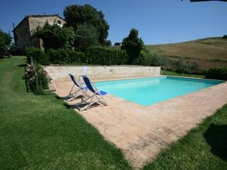 Casa Linda - Farmhouse with 8 sleeps - Casole d Elsa vacation rentals