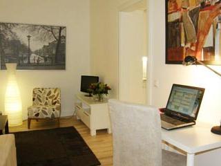 Quiet studio in great Helsinki location - 387 - Helsinki vacation rentals