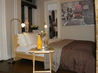 Great 1 Bedroom Apartment in Kamppi - 801 - Helsinki vacation rentals