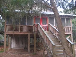 Island Getaway Near Savannah GA - Darien vacation rentals