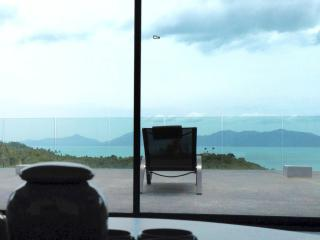 Beautiful Loft Top Hill Amazing view - up to 8 per - Koh Samui vacation rentals