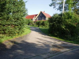 Rooms for rent in rural farmhouse - Middle River vacation rentals