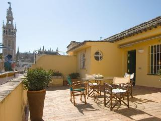 Santamaría Duplex Terrace Seville Old Town 7 pax - Dos Hermanas vacation rentals