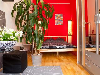2 bedroom Condo with Internet Access in Budapest - Budapest vacation rentals