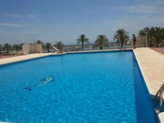 FLAT in the heart of the city: pool/beach/fun... everything nearby!! - Fuengirola vacation rentals