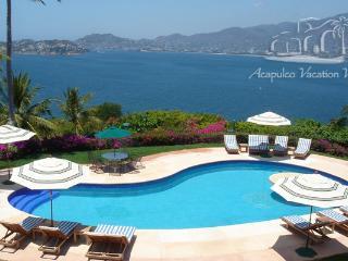 ACA -  TFAR10  -Enduring style, magnificent Acapulco bay views. - Acapulco vacation rentals