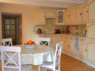South France Retreat- Hike, Wine, Cathar Castles - Cucugnan vacation rentals