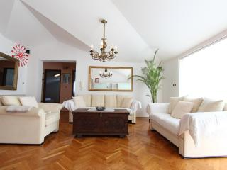 Luxury 2 Bedroom Apt - AMBIENTI - Rovinj vacation rentals