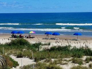Beachfront, Gulf views, lg balcony, updated, FREE U-verse WIFI NICE! Free nights! - South Padre Island vacation rentals