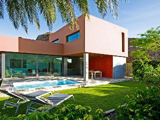 Villa with pool in Salobre Golf Resort - Grand Canary vacation rentals