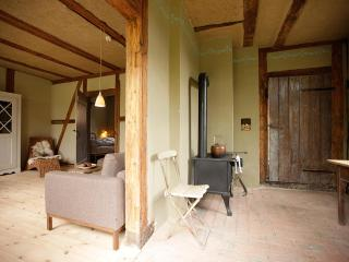 Cosy little Cottage with large Garden near the Schalsee (Unesco saved heritage region) - Wesenberg vacation rentals