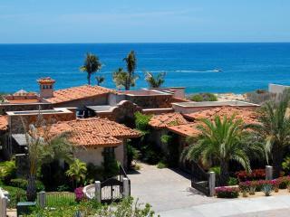 Villa Estero, an amazing beachfront Villa - San Jose Del Cabo vacation rentals
