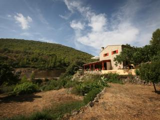 A taste of life in the mountains of Spain. - Castell de Castells vacation rentals