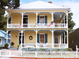 Historic Victorian Coastal Home (Pet-Friendly) - Saint Marys vacation rentals