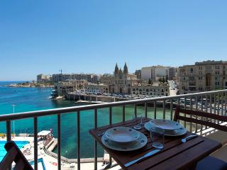 Exceptional St Julian's Seafront 4-Bedroom Apt - Saint Julian's vacation rentals