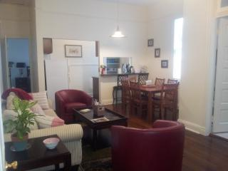 Wonderful Uptown New Orleans Apartment! - New Orleans vacation rentals