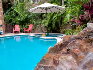 Luxury 3BR/3BA, Private Heated Pool, Beach - Holmes Beach vacation rentals