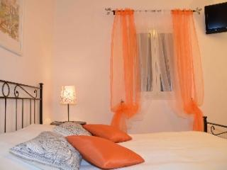 CONVENIENT 2 BR APARTMENT - ROME VATICAN CITY - Rome vacation rentals
