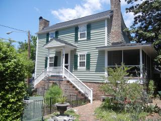 Beautiful 2 bedroom House in New Bern - New Bern vacation rentals