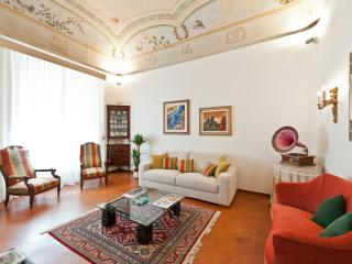 Luxurious Vacation Rental at Palazzo Cinotti in Siena - Siena vacation rentals