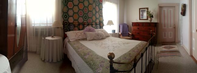 Room 4 - By Historic Square - Room 4 - Sonoma - rentals