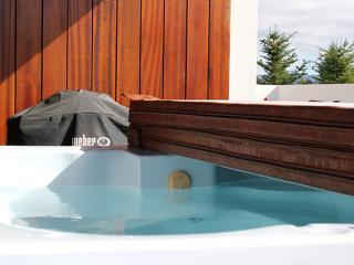 Comfortable 1 bedroom House in Kopavogur - Kopavogur vacation rentals