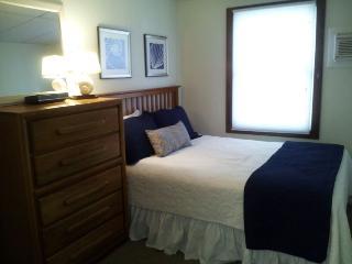 Super Oceanside, 4 bedroom rental sleeps 8 - Ship Bottom vacation rentals