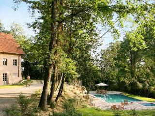 Charming 3 bedroom Chianni Villa with A/C - Chianni vacation rentals