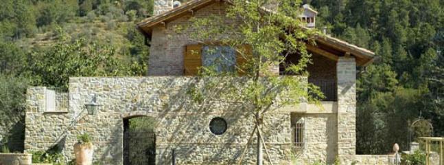il borgo mandorla - Image 1 - Reggello - rentals