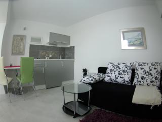 Perfect 2 bedroom Condo in Makarska - Makarska vacation rentals