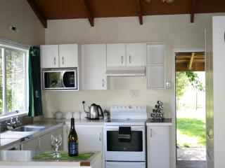 Wonderful Cottage with Deck and Dishwasher - Tuai vacation rentals