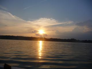 4 BR Claytor Lake on a quiet cove, sleeps 8 - Blacksburg vacation rentals