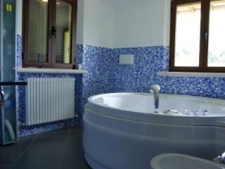 Ca' Anastasi - Elegant villa with 8 sleeps - Gubbio vacation rentals