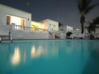 3 bedroom Villa with Balcony in Puerto Calero - Puerto Calero vacation rentals